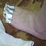 Scientist Explains What Will Happen If You Wrap Your Feet With Aluminum Foil!